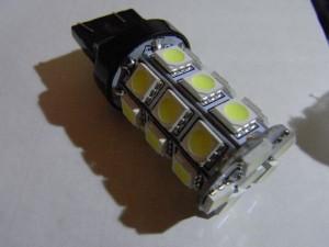 T20 LEDバルブ(5050 27 smd Wedge)