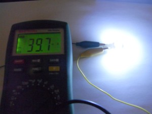 T10 LEDバルブ(Model number:#Z422C)DC12V時の電流値
