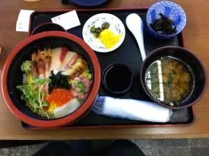 海鮮丼(境港にて)