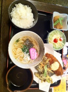 新山口駅で昼食
