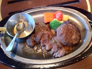 菅乃屋西原店レストランにて