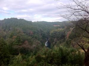 道中の風景(滝の名前を忘れてしまった)