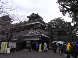 熊本城に到着