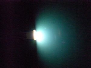 このLEDバルブの光り方