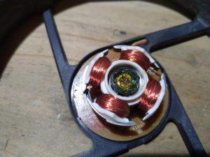 PCファン(120mm)のグリスアップ